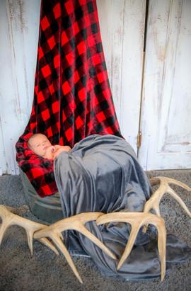 Maverick Newborn-11.jpg