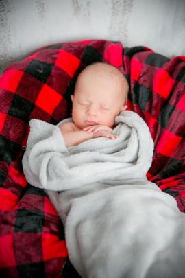 Freya Newborn Photos-34.jpg