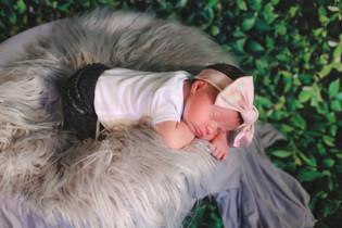 ZoeyJean Newborn-10.jpg