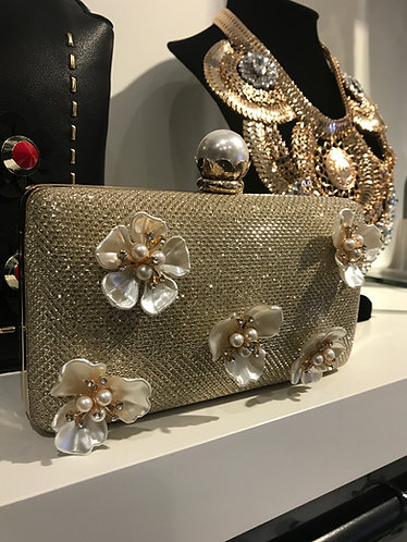 CTC - COUTURE PEARL FLORAL CLUTCH