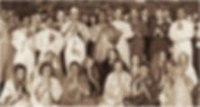 Foto de Yogananda cecado pelos monges e monjas da SRF, em 1946