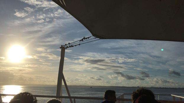 Vista da travessia de Ferry-boat, na Baía de Todos os Santos