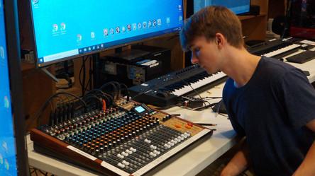 Audio Engineering (7).JPG