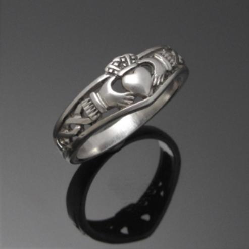 Oxidised Wishbone Claddagh Ring