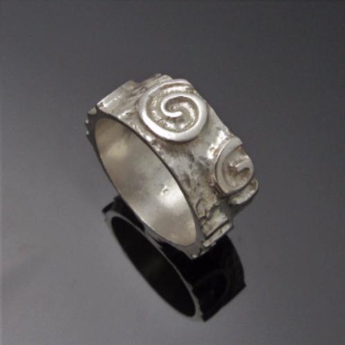 Handmade Raised Spiral Newgrange Ring - Thin