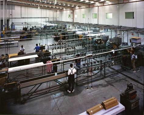 Plasticos Especializados Extrusion Department 1998