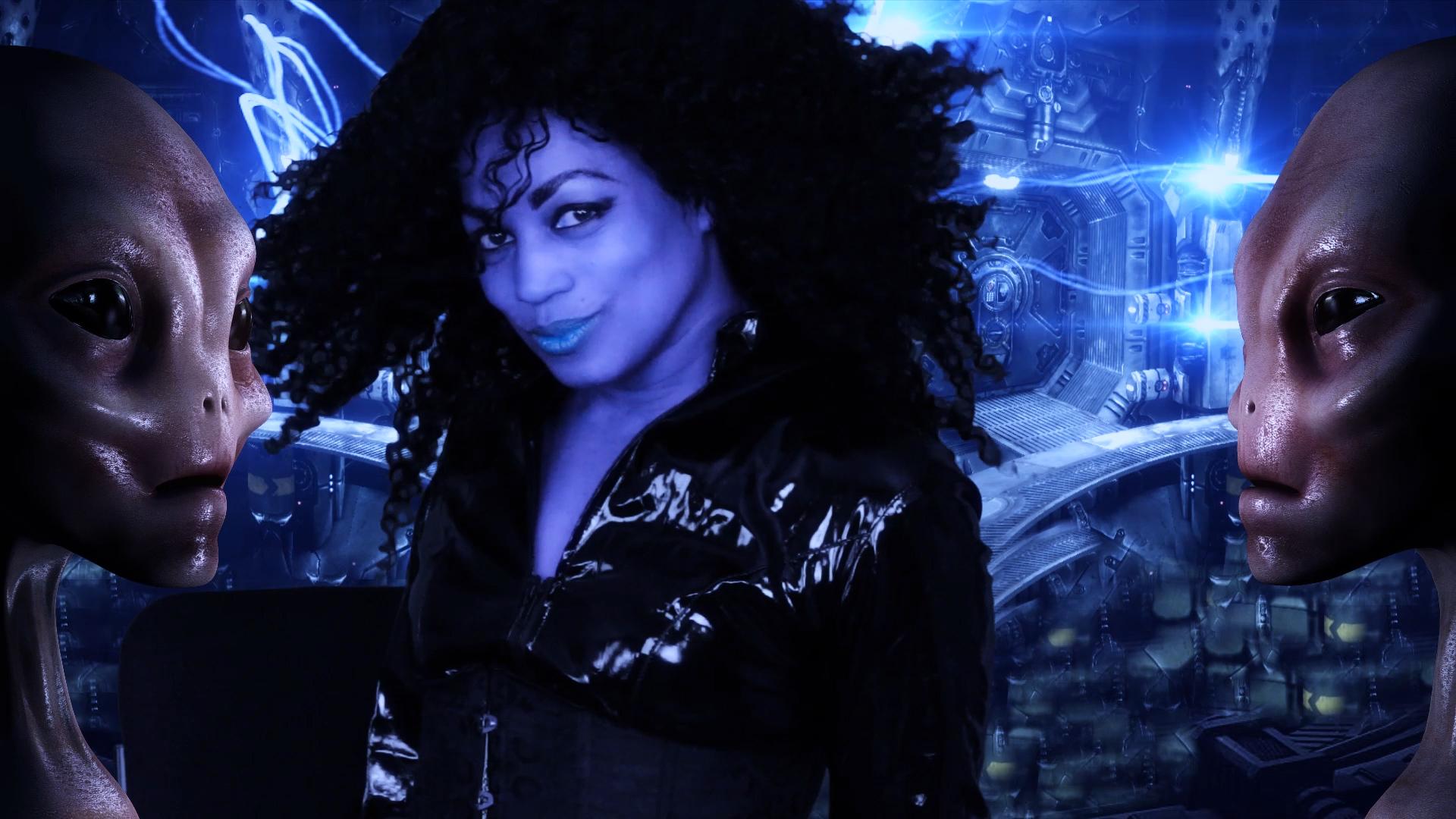 Zaina in ship aliens FULL.mp4.00_25_15_04.Still001