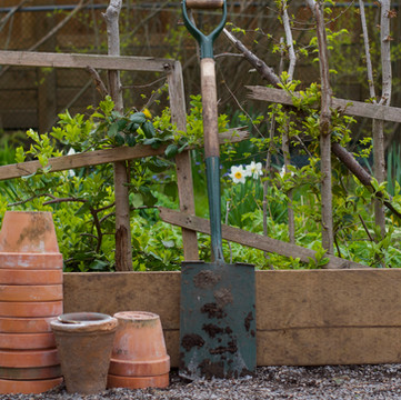 ONE ROOM CHALLENGE, WEEK 2   DIY Zero-Waste Raised Garden Beds