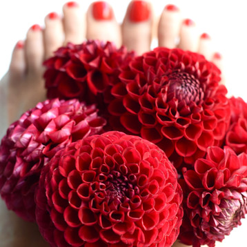When Your Toes Match Your Dahlias