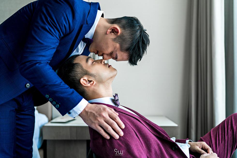 Stanley và Daniel: Hình ảnh đám cưới đẹp như trong mơ của cặp đôi đồng tính nam khiến nhiều người gh