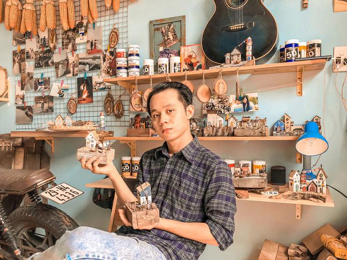 Trần Minh Tân- Chàng trai 'xây nhà' từ gỗ vụn