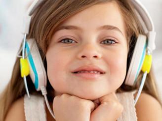 להקשיב מעבר לרעש