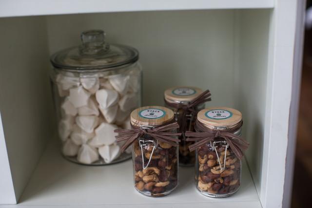 Meringue Drops & Sweet Salty Nut Mix