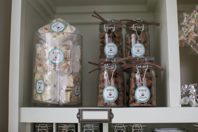 4 pack nougat & Candied Pecans