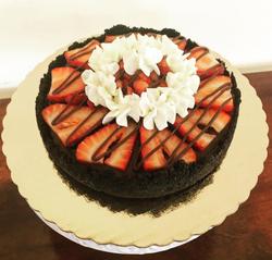 Mini chocolate & strawberry tart