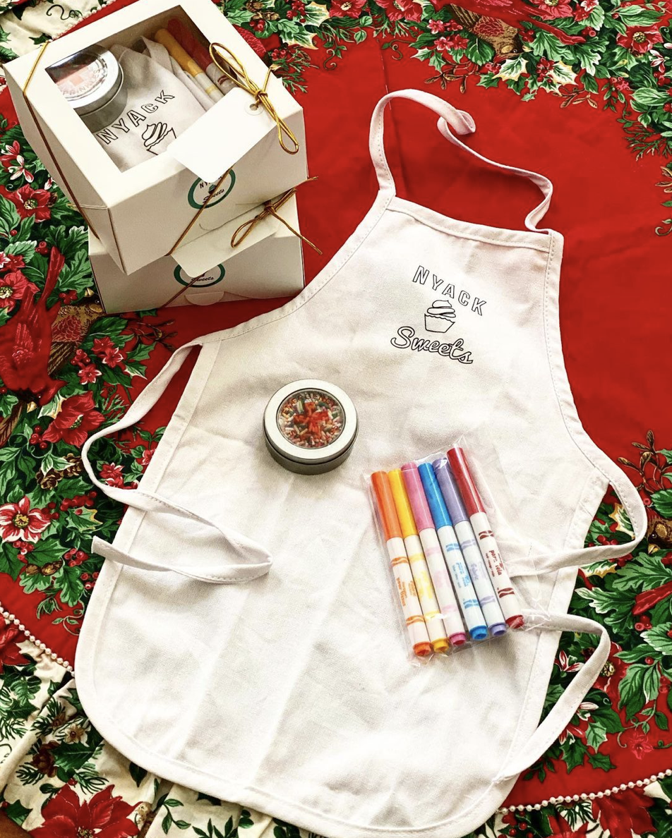 Decorate your own apron