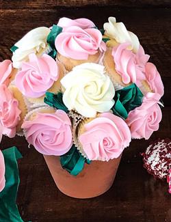 Mini rose cupcake bouquets