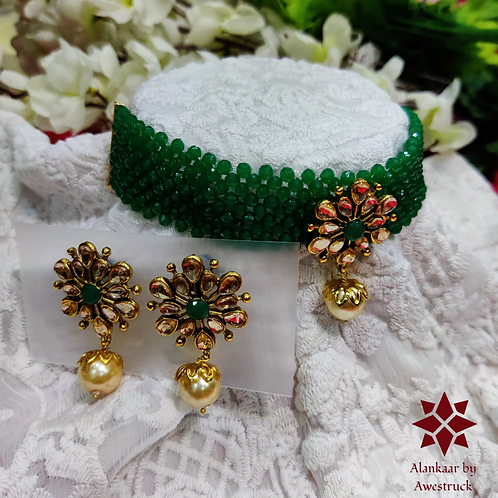 ABA - Green Gold Choker Necklace with Stud Earrings