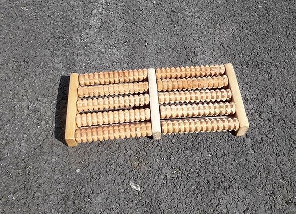 Masseur de pieds en bois