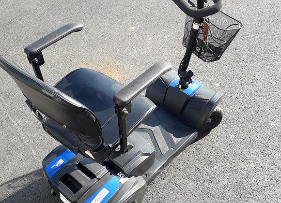 Scooter électrique d'intérieur