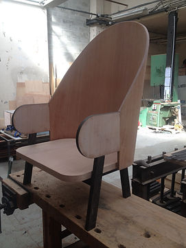 Fauteuil Kalpakian atelier saint albin