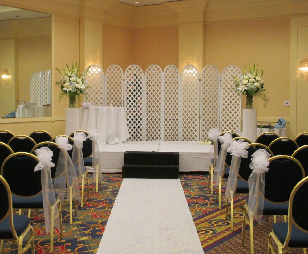 Flowers, Pew Bows, Aisle Runner