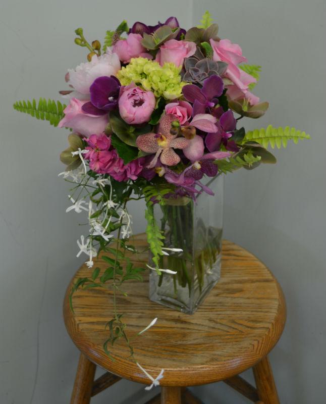 Modern trailing purple bouquet