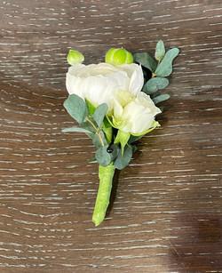 ranunculus and spray rose