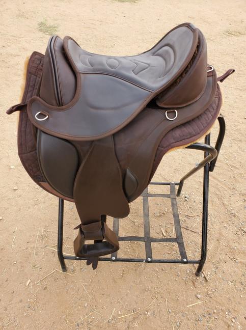 EDIX Saddles