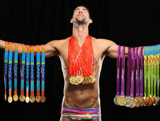 Michael Phelps wins eighth medal