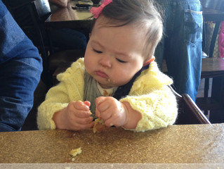 7 Tips to Improve Meals Out with Your Baby
