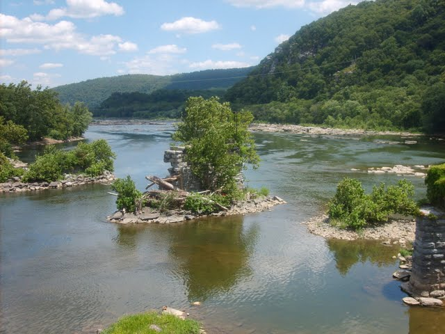 West Virginia River Fork