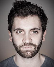 Portrait Couleur Face.jpg
