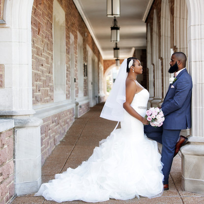 Bride and Groom finding love on Wash U college campus!