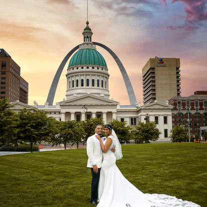Wedding photo under the St. Louis Arch. Shot by: Ag Photography