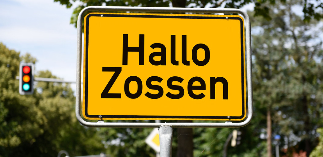 Hallo-Zossen-Eingang-web.jpg