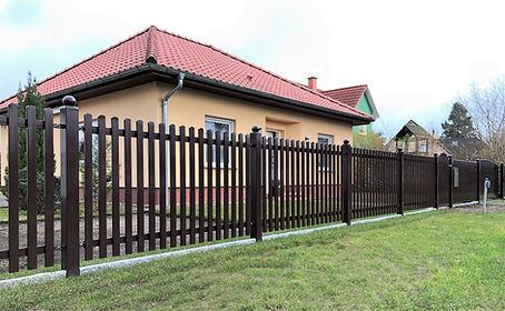 Brauner Zaun