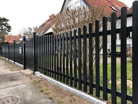 Zaun mit Schwung