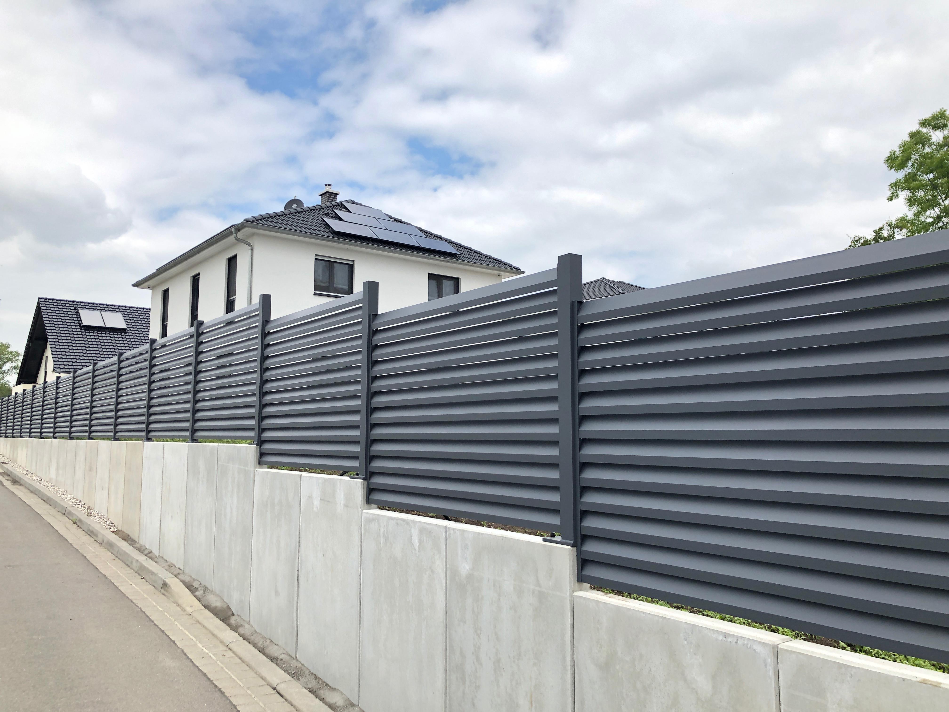 Falken Zaun Modernste Zaune Aus Aluminium Beton