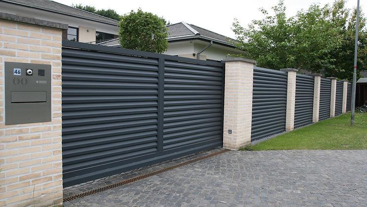 Mauerpfosten Zaun