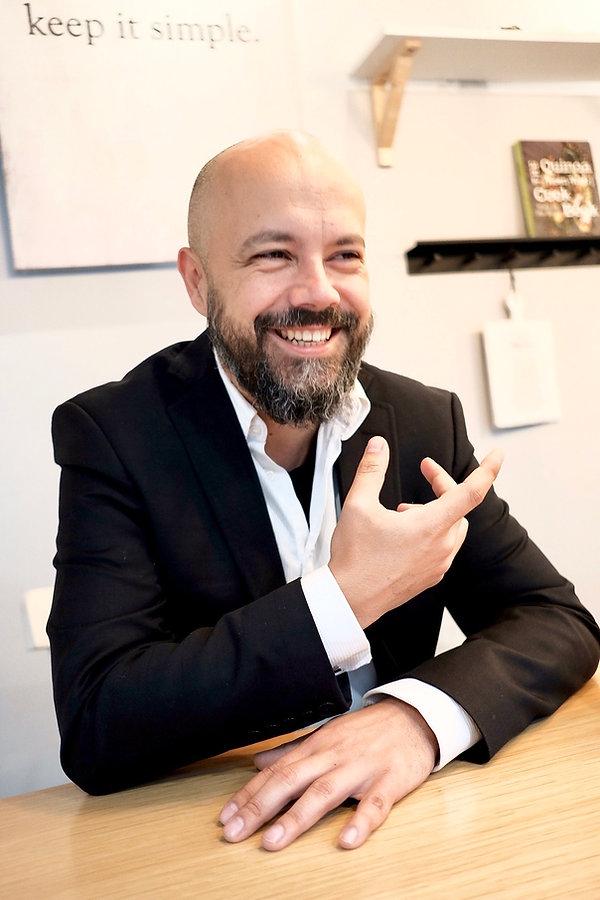 Alec Balasescu