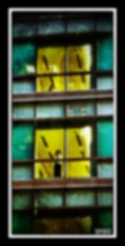 tokyo_homme_à_la_fenêtre.png