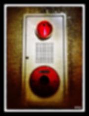 oeil rouge.jpg