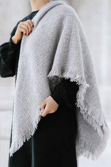 Light gray cashmere scarf