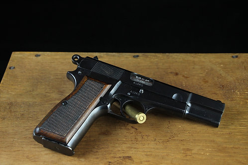 Pistole FN High Power