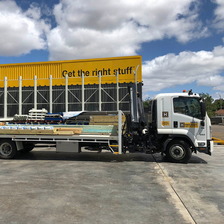 New Crane Truck Delivery Vehicle