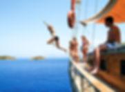 _sailing boat.jpg