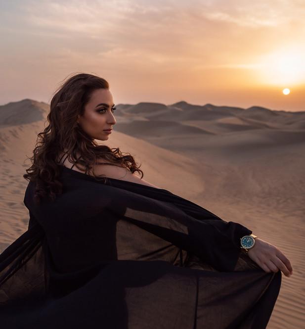 Dubai Desert Girl