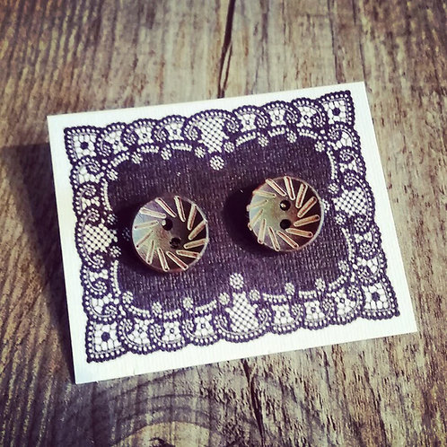 spun chocolate 13mm button studs