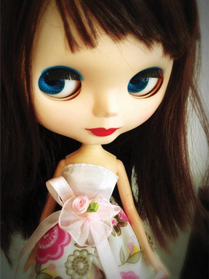 she's a doll (portrait)